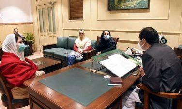 خواتین اراکین اسمبلی کی وزارت کیلئے مشترکہ لابنگ ،اہم رہنماؤں سے ملاقاتیں وزیراعلیٰ