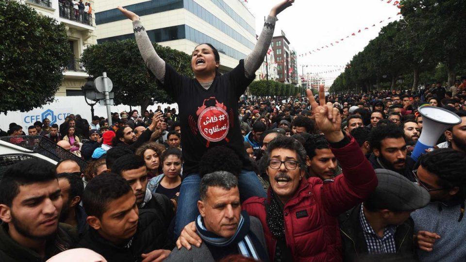 https-_cdn.cnn_.com_cnnnext_dam_assets_180110121902-02-tunisia-protest-0109.jpg