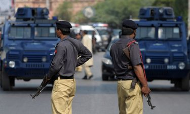 کراچی میں نامعلوم ملزمان کی فائرنگ سے پولیس اہلکار جاں بحق