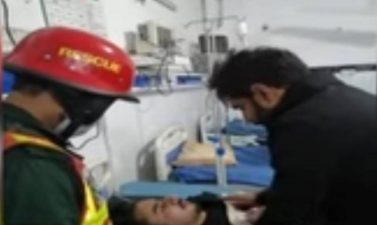گوجرانوالہ ،دھند کے باعث ابرار الحق کی گاڑی ڈیوائیڈر سے ٹکرا گئی، ابرار الحق کا بھتیجا زخمی