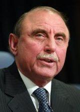 سابق گورنر خیبر پختونخوا جنرل(ر)علی محمد جان اورکزئی کے گھر ڈکیتی ، ملزمان کا سراغ نہ لگایا جاسکا
