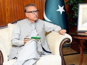 امریکی صدر کا صدر عارف علوی کو خط، یوم پاکستان کی مبارک باد