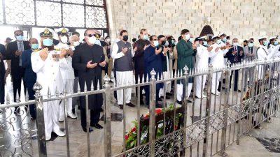 یوم پاکستان، گورنر سندھ، وزیراعلی سندھ سمیت دیگر کی مزار قائد پر حاضری