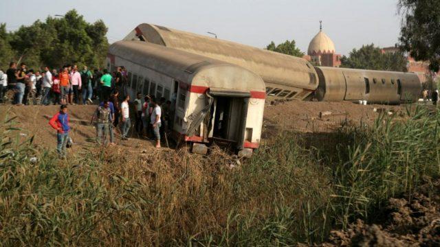 https-_cdn.cnn_.com_cnnnext_dam_assets_210418104920-01-egypt-train-derails-0418.jpg