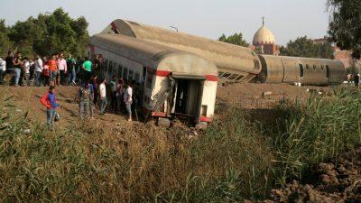 مصر میں ایک اور ٹرین حادثہ، 11 افراد ہلاک اور 98 زخمی