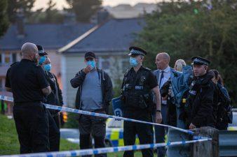 برطانیہ کے شہر پلے متھ میں فائرنگ ،بچے سمیت 5 افراد ہلاک، حملہ آور بھی مارا گیا