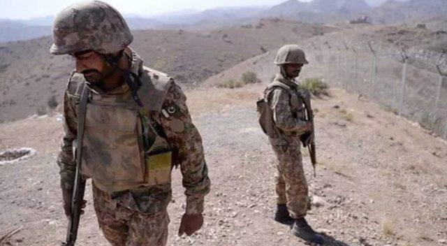 Three-FC-soldiers-martyred.jpg